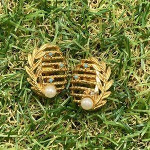Vintage gold plate egg leaf pearl sky blue dainty